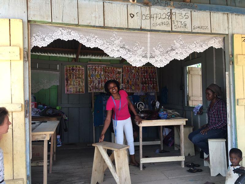 Leticia führt heute ihren eigenen Shop